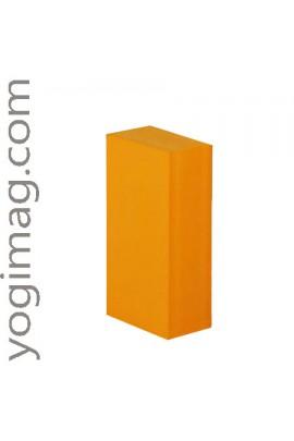 Brique de Yoga Safran en mousse légère pour vos exercices yoga