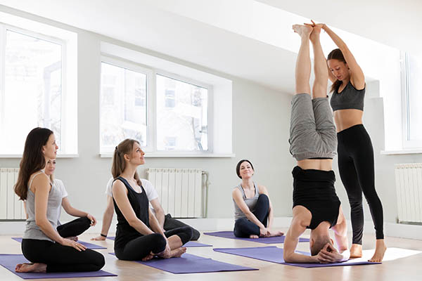 Cours de yoga en France