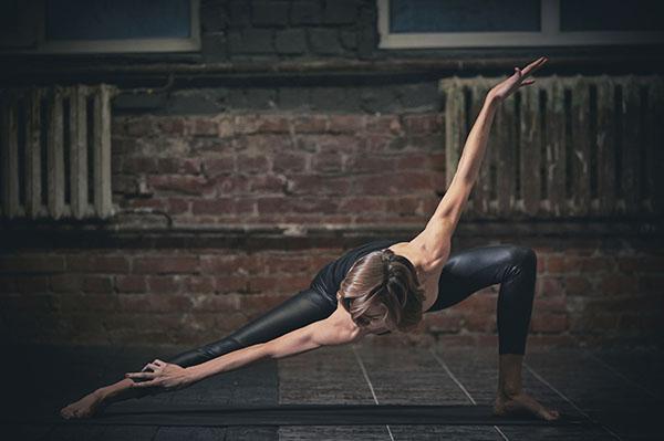Les styles de yoga tendance avec yogimag