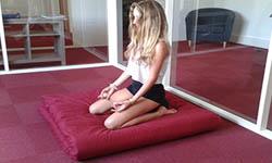 Tapis de yoga en coton style futon zabuton pour yogas doux, spirituels et méditatifs