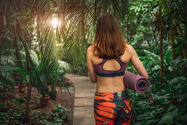 Yoga, les bons réflexes pour se protéger du COVID-19 avec Yogimag