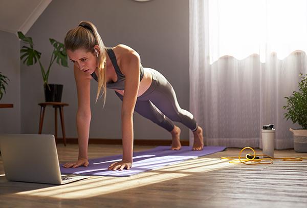 Zoom, cours de yoga en ligne avec Yogimag