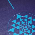 Tapis de yoga bleu éducatif